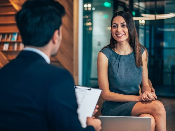 How to Become a Human Resource Manager
